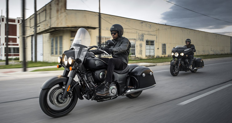Indian® Springfield® Dark Horse® - CRUISE CONTROL
